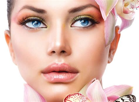 Permanent Make-up With Cosmetic Tattoo