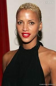 Coupe Courte Femme Noire Visage Rond : coupe courte afro visage rond ~ Melissatoandfro.com Idées de Décoration