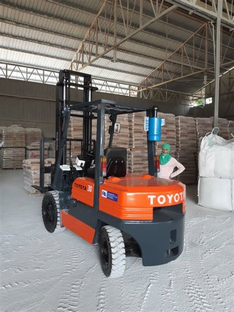 recondition toyota forklift malaysia rle marketing