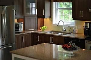 belle deco cuisine armoire blanc idees de design maison With exemple de decoration de jardin 14 couleur cuisine la cuisine blanche de style contemporain