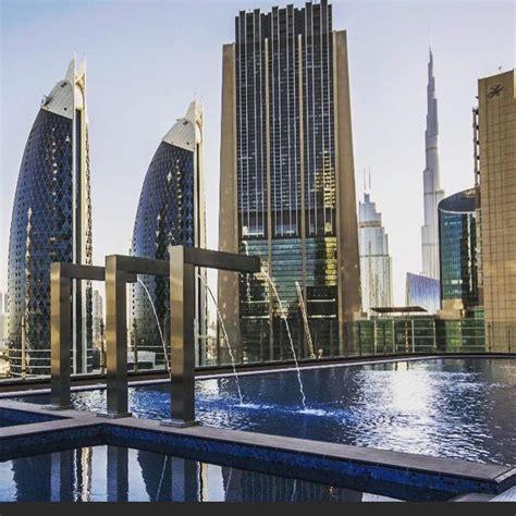 Dubái inaugura el hotel más alto del mundo (356 metros)