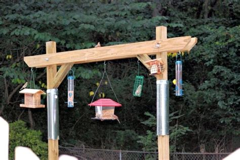 plans for building squirrel proof bird feeder