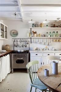 Küche Offene Regale : shabby chic wei landhaus in london aequivalere ~ Markanthonyermac.com Haus und Dekorationen