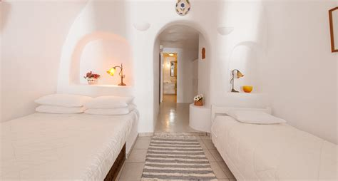 Santorini Apartments For Rent Oia Santorini Apartments