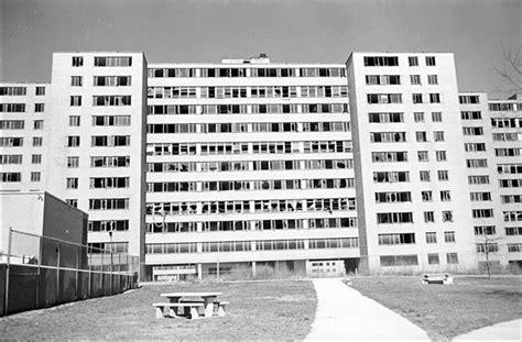 pruitt igoe  photographic essay  outlaw urbanist