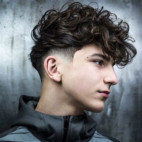 4 Different Types of Fade Haircuts Men's Guide