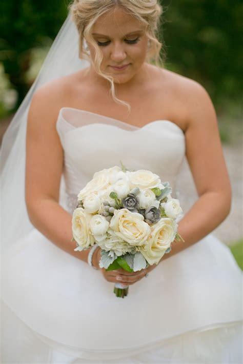 Vera Wang Katherine Gown Preloved Wedding Dress On Sale 44