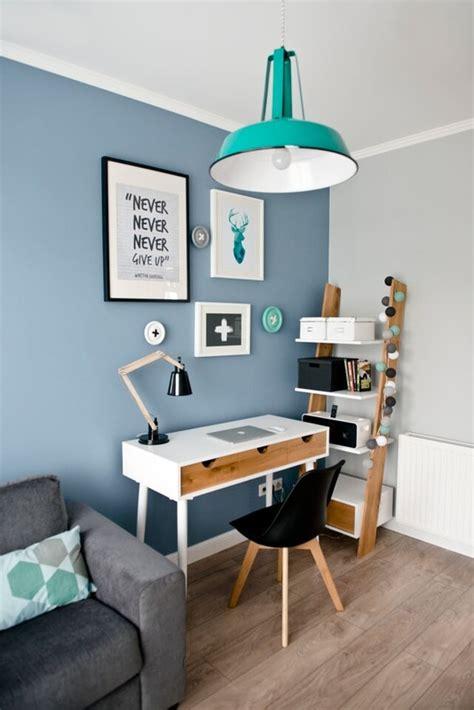 bureau bleu coin bureau avec un mur bleu picslovin