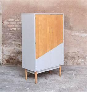 Armoire Chambre Profondeur 50 : armoire vintage grise et bois r nov e graphique ~ Edinachiropracticcenter.com Idées de Décoration