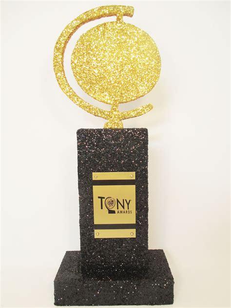 love  tony awards centerpiece   making
