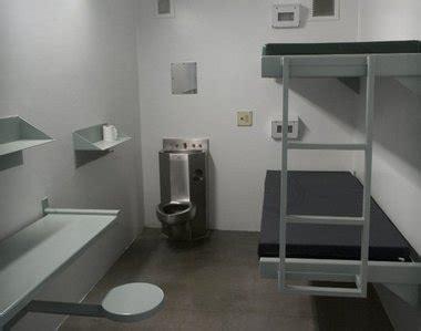 FMP: Prison cell research   Reece Harrison