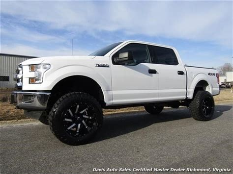 2017 Ford F-150 Xlt Lifted 4x4 Super Crew Cab 19726 Miles