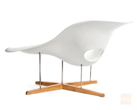 chaise style charles eames 28 images vitra edition la chaise by charles and eames for sale