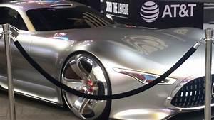 Mercedes Justice League : batmobile batman mercedes benz amg vision gran turismo 39 justice league 39 times square nyc ~ Medecine-chirurgie-esthetiques.com Avis de Voitures