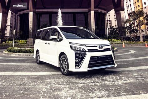 Gambar Mobil Toyota Voxy by Review Toyota Voxy 2018