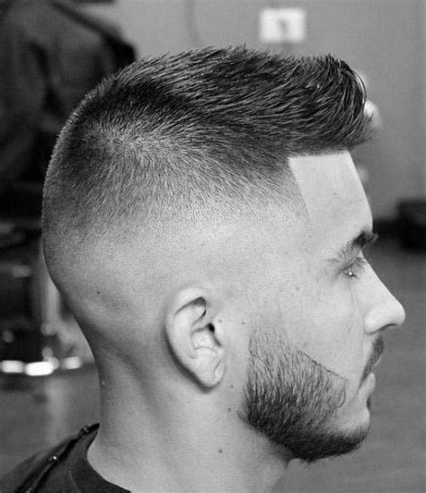 fade haircuts  men  stylish middle