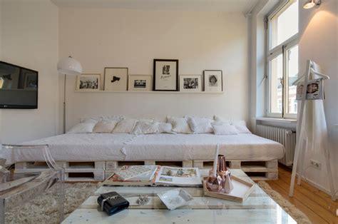 ideen schlafzimmer in stube pin carrie a auf pallet in 2019 einrichtungsideen