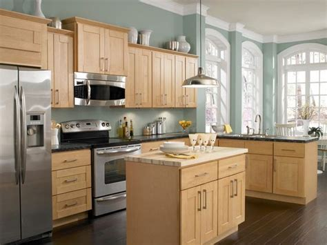 kitchen oak cabinets wall color information