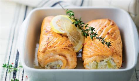 comment cuisiner une truite 2 paupiettes de saumon aux poissons et aux poireaux surgel 233 s les poissons crustac 233 s picard
