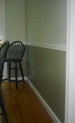 Two Tone Walls With Chair Rail by Wall Paint With Chair Rail Search B