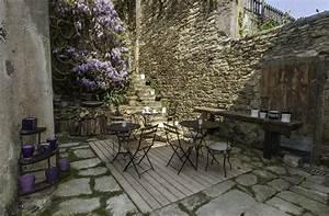 Cour De Maison : la cour et le jardin perch maison d 39 h tes veill es des les belle le en mer ~ Melissatoandfro.com Idées de Décoration
