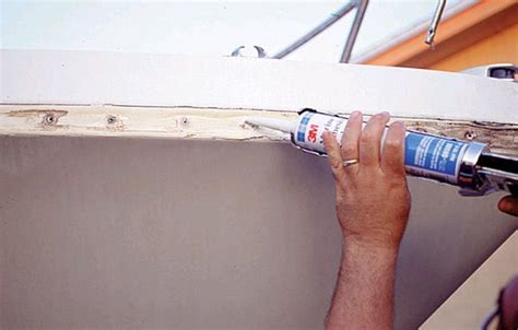Caulk For Boat Rub Rail by The Rub On Rails Trailering Boatus Magazine