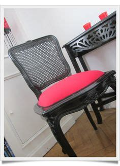 Chaise D Allaitement Ancienne by 1000 Images About Relookage De Chaises On Pinterest