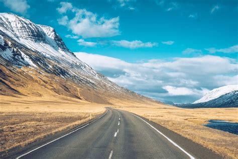 KAYAK Summer Road Trip Guide