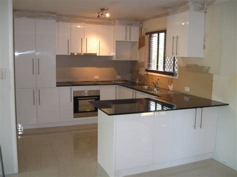 kitchen layout ideas photos of small u shaped kitchens home decorating ideas
