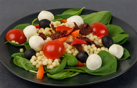 Pērļu pastas salāti ar Mozarella sieru - Latvijas pārtikas ...
