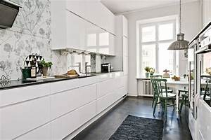 Farbgestaltung Küche Wand : 70 ideen f r kleine k che begrenzten platz vern nftig nutzen ~ Markanthonyermac.com Haus und Dekorationen