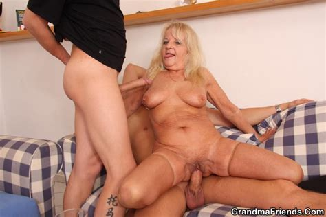 Blonde Grand Mom Gets Spunked On Face After Deep