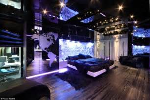 Awesome Teenage Bedrooms from extravagant floating discos to classic superyachts