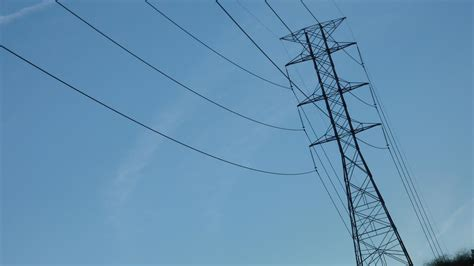south bay power outage thousands  sce customers