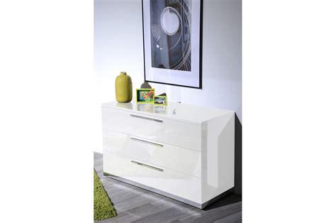 chambre à coucher complète meuble commode laqué blanc design trendymobilier com