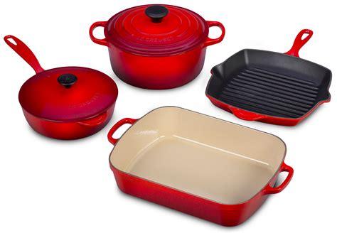 le creuset signature cast iron cookware set  piece cherry red cutlery
