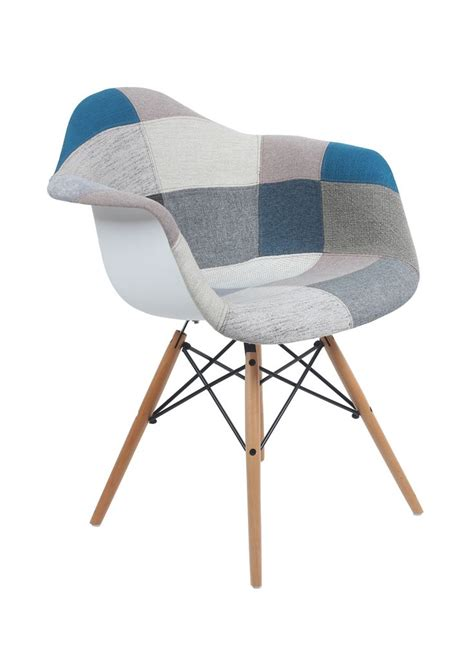 chaise eames daw 22 best la vie en bleu images on charles eames