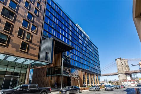 tour 1 hotels new sustainable nyc hotel in brooklyn