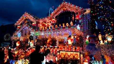 people who put up christmas lights frases de natal mundodastribos todas as tribos em um