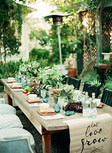 An intimate farm to table dinner party gardens runners for Dinner party table