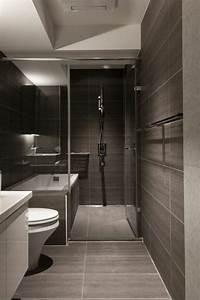 Decoration De Salle De Bain : id e d coration salle de bain salle de bains grise avec un plafond blanc ~ Teatrodelosmanantiales.com Idées de Décoration