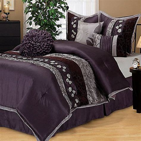 silver and purple bedroom rich welcoming and simply beautiful the comforter 17061 | 1480accb4abaec73fb1a37734e97cd22 purple bed bedroom colors