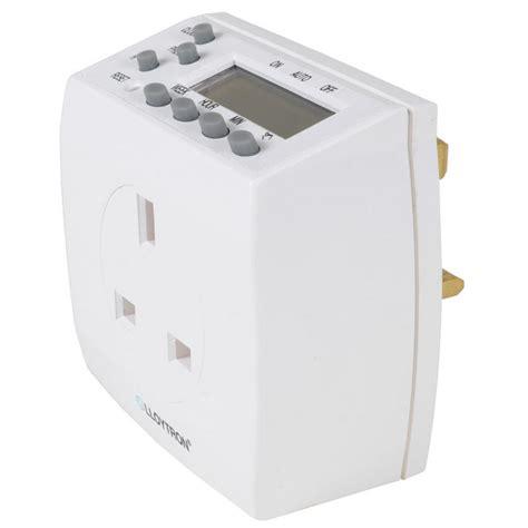 lloytron 7 day digital mains wall plug security light l