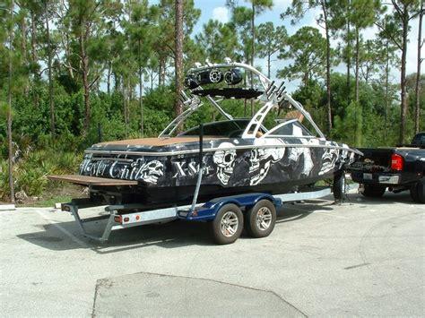 Mastercraft Boat Graphics by Mastercraft Boat Wrap On An X Bateau