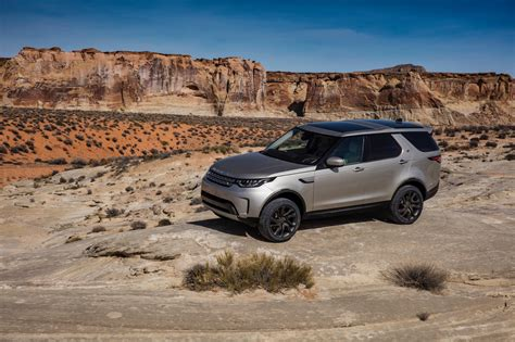 Land Rover Discovery Photo 2017 land rover discovery review photos caradvice