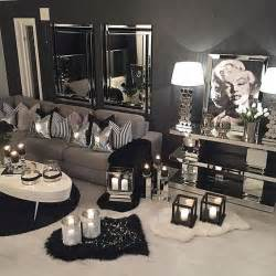 Black and Silver Living Room Decor Ideas