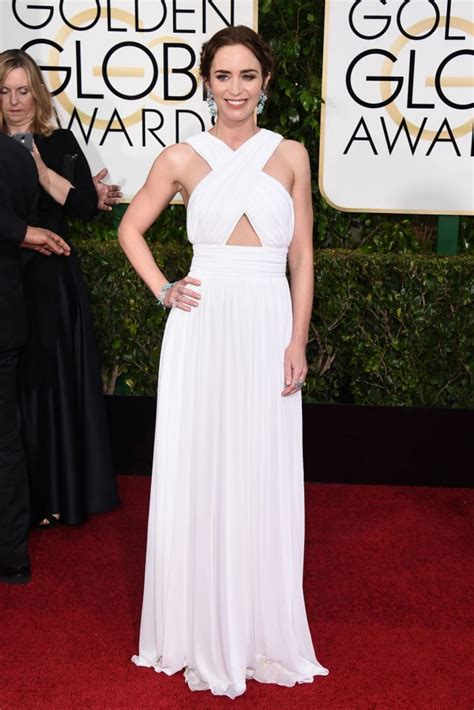 emily blunt  golden globe awards white chiffon dress thecelebritydresses