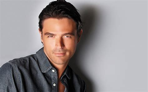 The [curb] Appeal Of John Gidding  Lavender Magazine