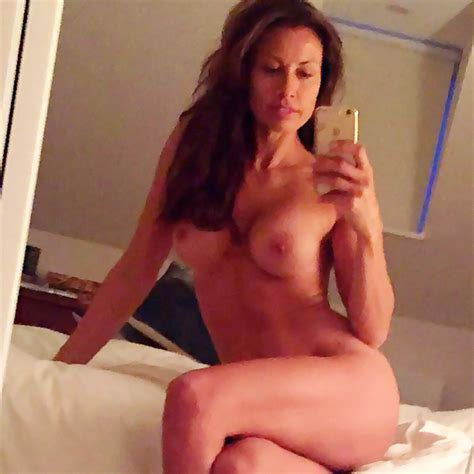 Mel Sykes Nude Private Mirror Selfies And Lingerie Pics