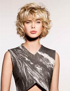 Coupe Femme Carré : coupe de cheveux femme carre souple ~ Melissatoandfro.com Idées de Décoration